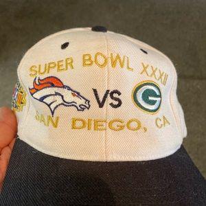 Super bowl hat... Broncos Vs Packers...